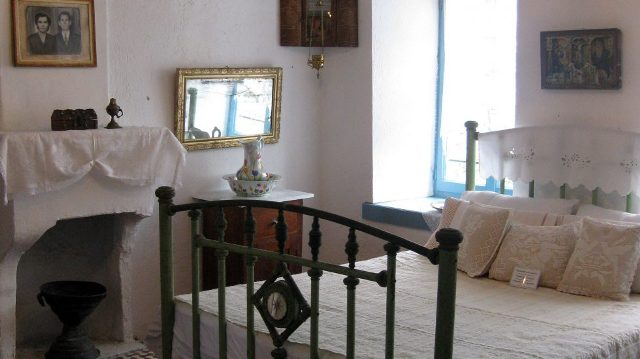 Bedroom as it used to be at Folklore Museum of Afitos