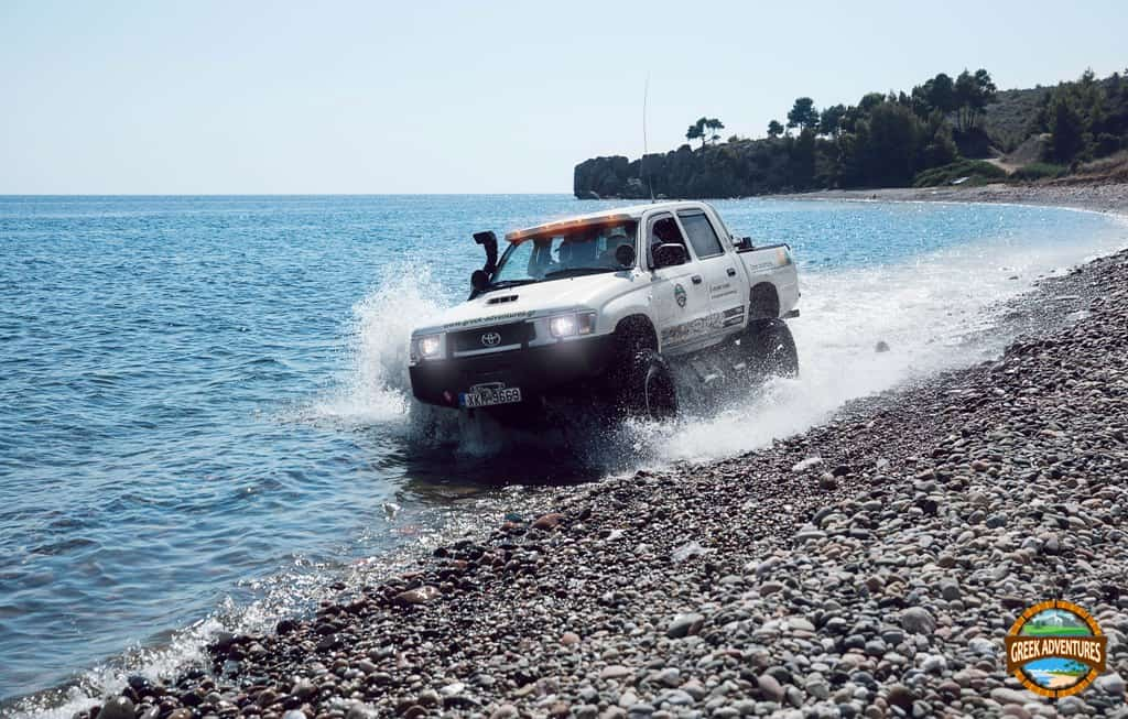 Jeep driving at Agia Paraskevi beach