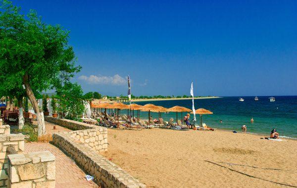 Psakoudia & Ormylia beach