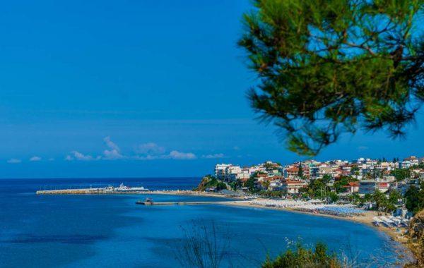 Nea Kallikratia village