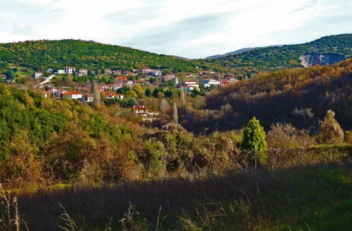 Paleokastrο village