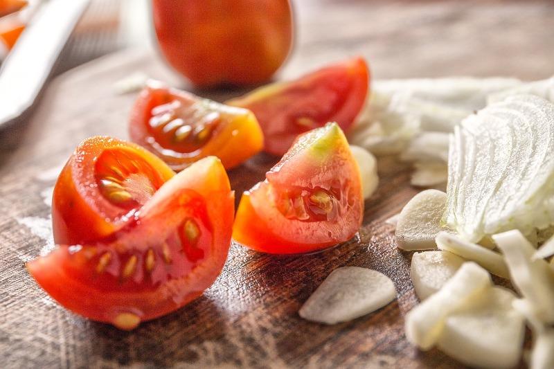 Tomato & onions